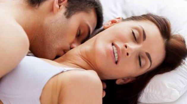 2 bin kişi seks yaparken en çok utandıkları anı açıkladı