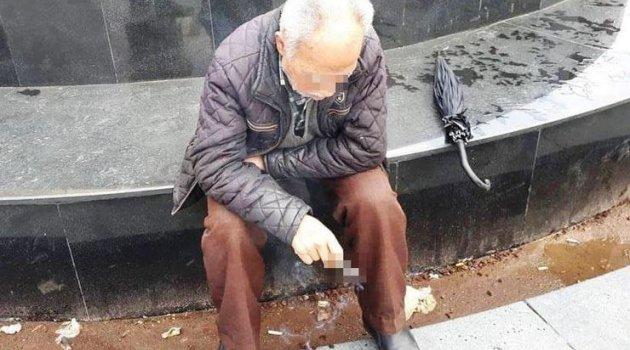 2 kadın yoldan geçen 72 yaşındaki adama 'cinsel ilişkiye girelim' dediler! Sonrası...