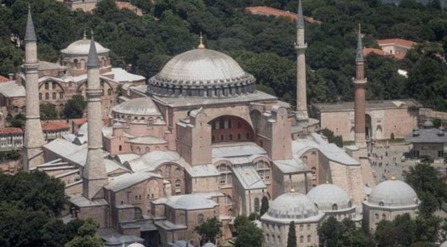 Ayasofya: Ortodoks kilisesinden camiye, camiden müzeye
