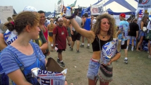 Çılgın festival Woodstock'tan akılalmaz görüntüler