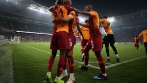 Galatasaray Bursaspor'u deplasmanda 3-2 yendı