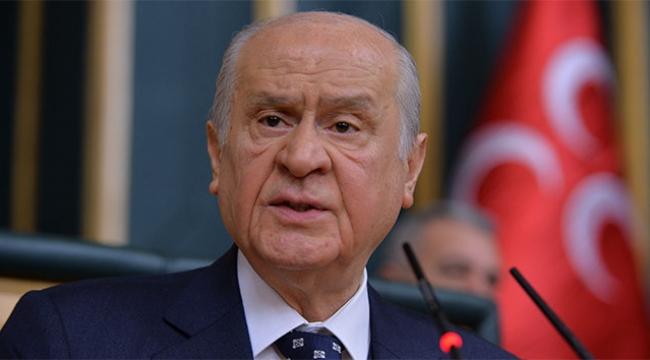 Bahçeli: Bir siyasi partinin lideri nereye, nasıl gideceğini araştırmalı; o adama yumruk attıracak kadar ne yaptın sen Kemal Kılıçdaroğlu
