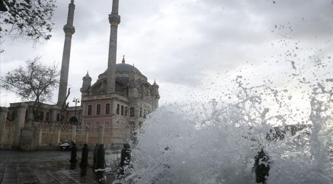 Meteoroloji'den Türkiye geneli için sağanak ve fırtına uyarısı