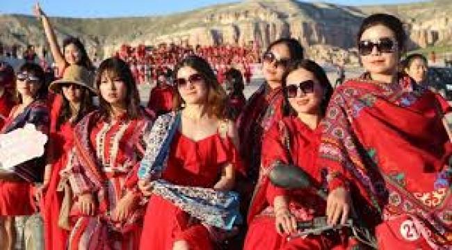 1000 Çinli kadın Kapadokya'da: Hayran kaldılar