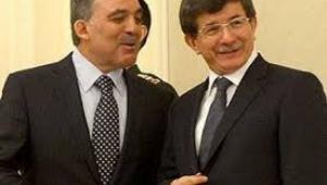 Abdullah Gül ile Ahmet Davutoğlu tek bir parti mi kuracak ?