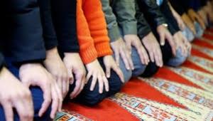 Din-inanç anketi: Yüzde 39 düzenli namaz kılıyor