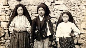 Fatima: Üç Çoban Çocuğun Bakire Meryem'i Görmesinin 100'üncü Yılı