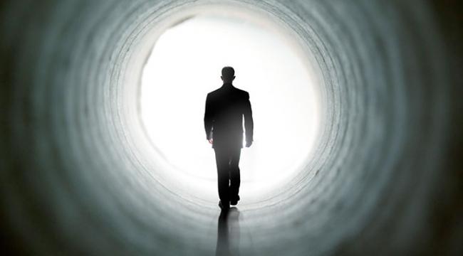 Ölüme yaklaşanlarda, ölüm korkusu yok oluyor