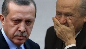 AKP'li eski vekil: MHP adeta AKP tabanına hortum bağlamış
