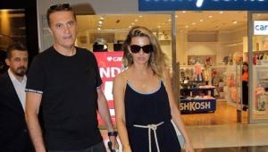 Çapkın Başkan ve ünlü şovmenin eski karısı alışverişte