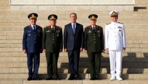 Meclisten TSK'ya büyük şok: Komutanlara o kapı yasaklandı