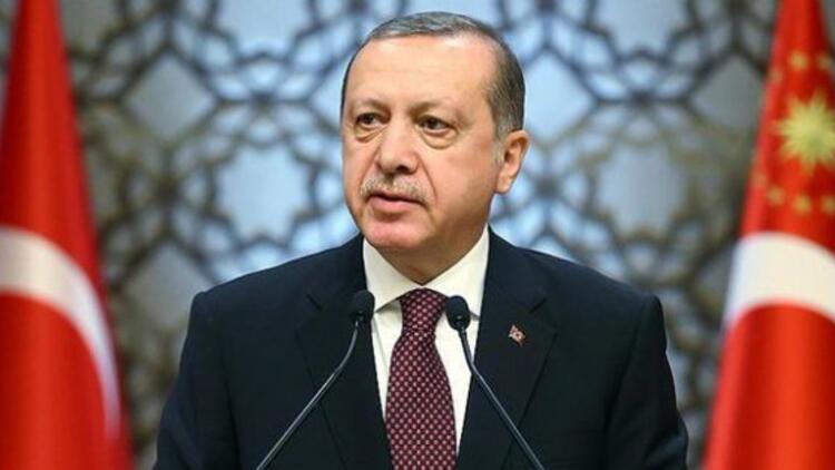 Siyasette bir büyük boşluk doğuyor, Erdoğan'ı ağır ağır içine çekmekte olan bir boşluk...
