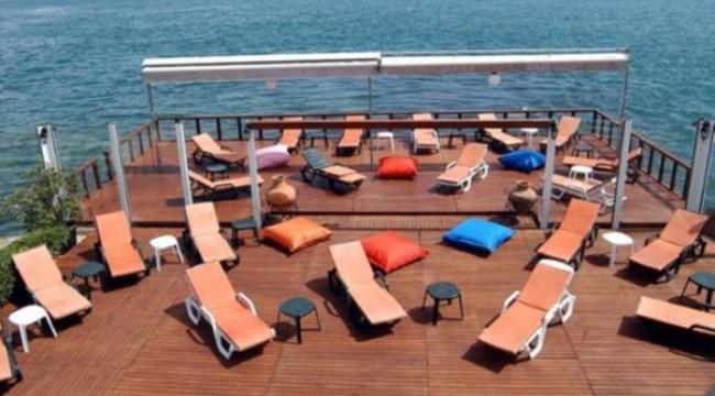 Türkiye'nin 'beach club' mafyaları: 500 liraya pizza satıyorlar