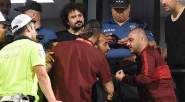 Denizlispor-Galatasaray maçında gerginlik...