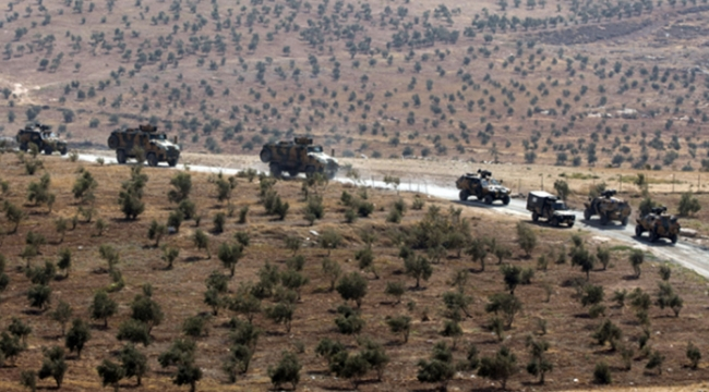 Hürriyet yazarı Sedat Ergin: İdlib'de Türk birliğinin karadan tek çıkış yolu sıkıntıya girdi
