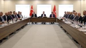 İstanbul'un 37 ilçe belediye başkanı İmamoğlu'nun davetiyle bir araya geldi