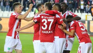 Trabzonspor, Sivas'ta son dakikada yıkıldı
