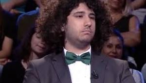 1 milyonu kazanan Arda Ayten'e Seninle akrabayız hatırlamadın mı?