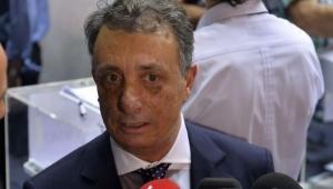 Beşiktaşlı taraftardan Ahmet Nur Çebi'ye 'Avcı' tepkisi;
