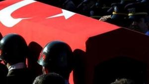 Barış Pınarı Harekatı bölgesinde düzenlenen bombalı araç saldırısında 4 asker şehit oldu