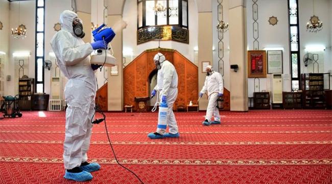 16 Mart'ta kapatılan camilerin cuma günü kapıları tekrar açılıyor