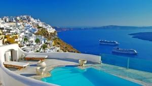 Yunanistan turist kabul edeceği 29 ülkeyi açıkladı: Türkiye yok
