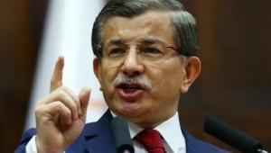Davutoğlu: Erdoğan siyasi hırsı ve kini için engel tanımıyor