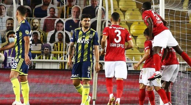 Fenerbahçe Sivasspor'a 2-1 yenildi