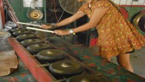 Tam tam seslerinin can bulduğu yer; Gong köyü