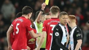 Futbolda yeni dönem: Öksüren futbolcuya sarı kart