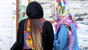 İran'da kadınlar podcast ile şiddet hikâyelerini paylaşıyor