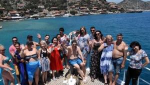Yabancı turistlere 30 euro karşılığında corona virüs testi