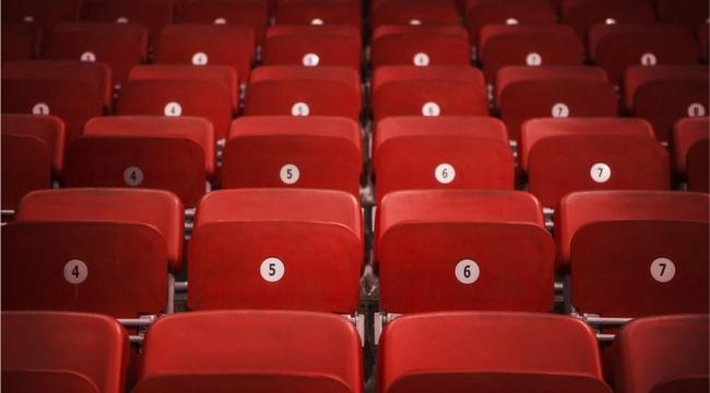 Pandemiyle birlikte zor günler yaşayan özel tiyatrolar ne istiyor?