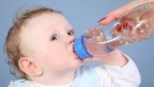 Bebeklere neden su verilmez?