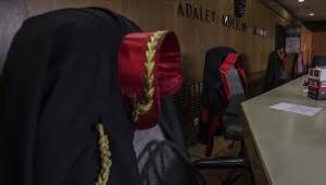 İhraç edilen 11 hakimden 2'si gözaltına alındı