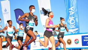 42. İstanbul Maratonu'nu erkekler ve kadınlarda Kenyalı atletler kazandı
