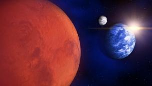 Mars  'Hızını kaybeden bir topaç gibi yalpalanıyor'