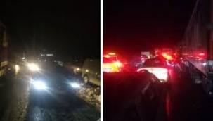 İzmir İstanbul Otoyolu Çöktü İnsanlar 17 Saattir Açlık ve Soğukla Boğusuyor