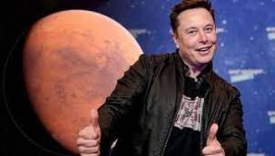 Elon Musk kendini Mars'ın imparatoru ilan etti