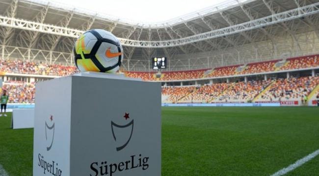 Adana Demirspor ve Giresunspor, Süper Lig'e yükseldi! Samsunspor'a galibiyet yetmedi
