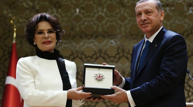 İhale AKP'liye verildi, etkinliğe yandaşlar çağrıldı