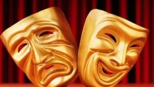 Tiyatro özgürlüklerin sorgulandığı yerdir