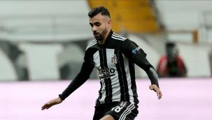 """Ghezzal'dan Beşiktaş açıklaması: """"Kalmak istiyorum"""""""