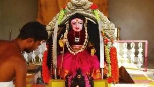 Hindistan'da yeni bir tanrı daha icad edildi!