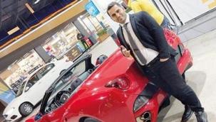 Evim' görünümlü saadet zinciri! Markette reyoncuydu Ferrari aldı!.