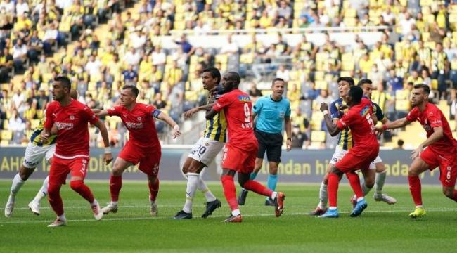 Fenerbahçe-Sivasspor maçına damgasını vuran hakem itirafı
