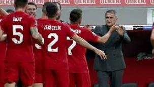 Türkiye - Karadağ maçı sonrası spor yazarları ne dedi? 'Bunun adı felaket, milli takım...'