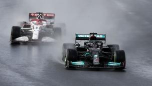 Formula 1'de günün sorusu yağmur var mı?