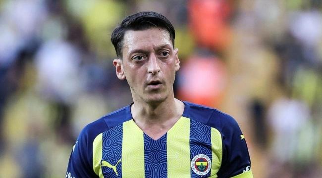 Mesut Özil yolcu: Bakın nereye transfer oluyor