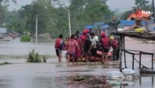 Nepal'de sel ve heyelan felaketi: Ölü sayısı 77 oldu